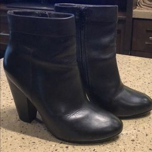 Nine West Black Bootie - 6.5